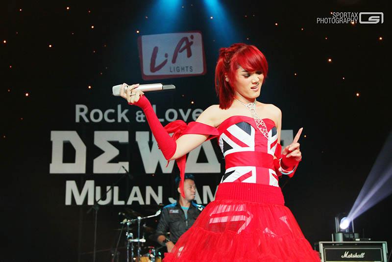 Dewa 19 Feat Mulan Jameela